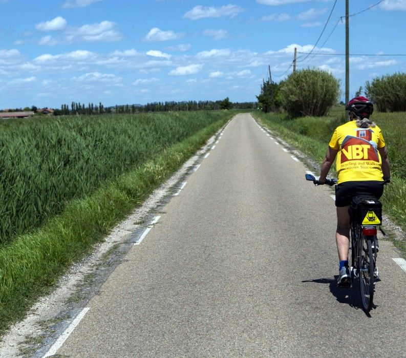 Provence Guided Bike Tour France Vbt Bicycling Vacations