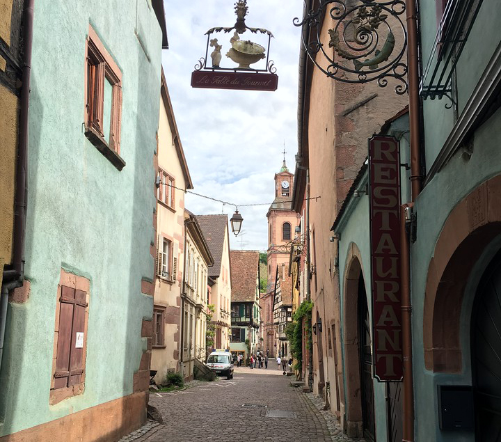 Alsace and the Black Forest: La Route des Vins - Charming street