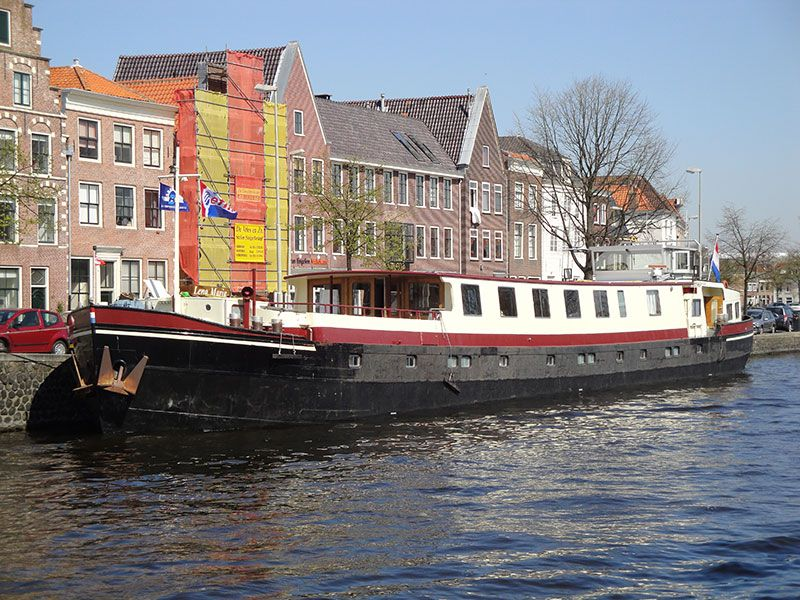 Guided Holland Bike and Barge Tours