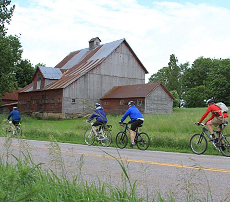 Country riding, Lake Champlain Bike Tour VBT