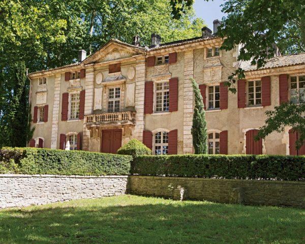 Chateau de Roussan exterior
