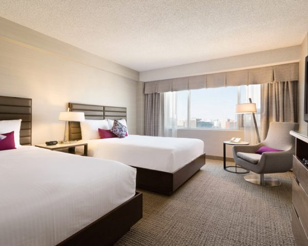 Coast Edmonton Plaza Hotel Room