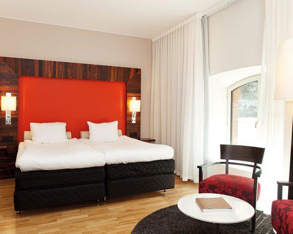 Elite Hotel Guest Room