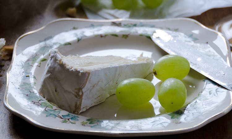Brie cheese, france walking tour