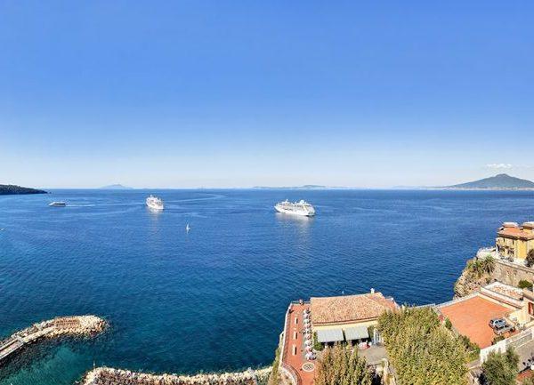 Hotel Mediterraneo Views