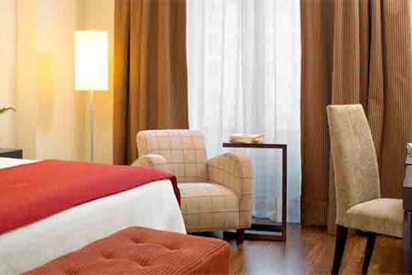 Hotel NH Collection Granada Victoria Guest Room