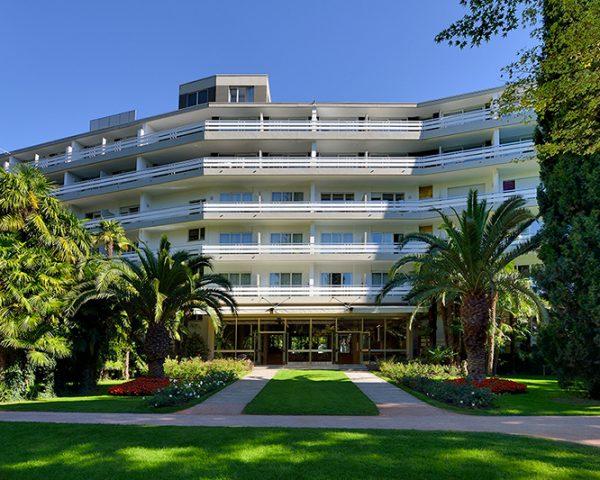 Hotel du Lac du Parc Exterior