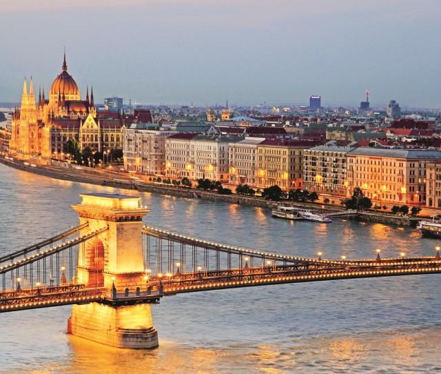 Hungary_lead
