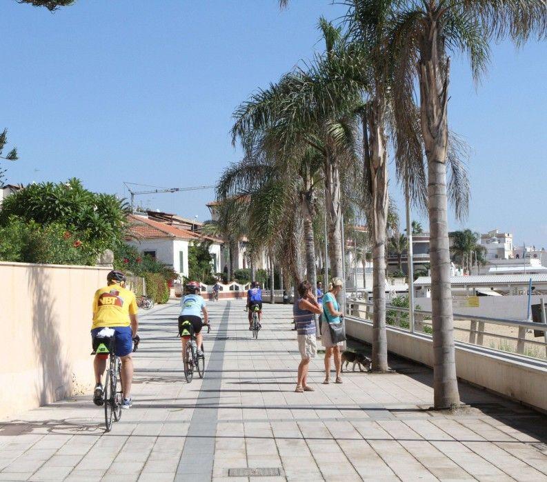 Biking Sicily