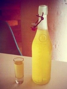 Limoncello_ready_for_drinking!