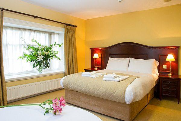 Lismore House Hotel Guestroom
