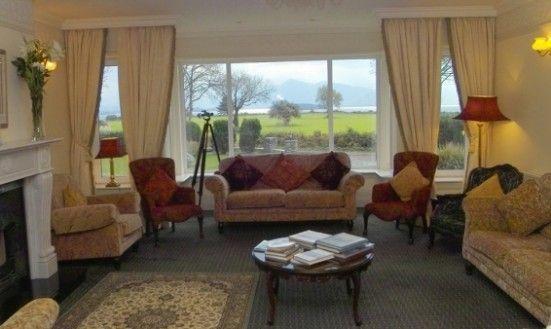 Loch Lein Hotel, Lounge