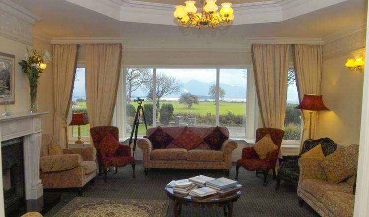 Loch Lein Hotel Lounge