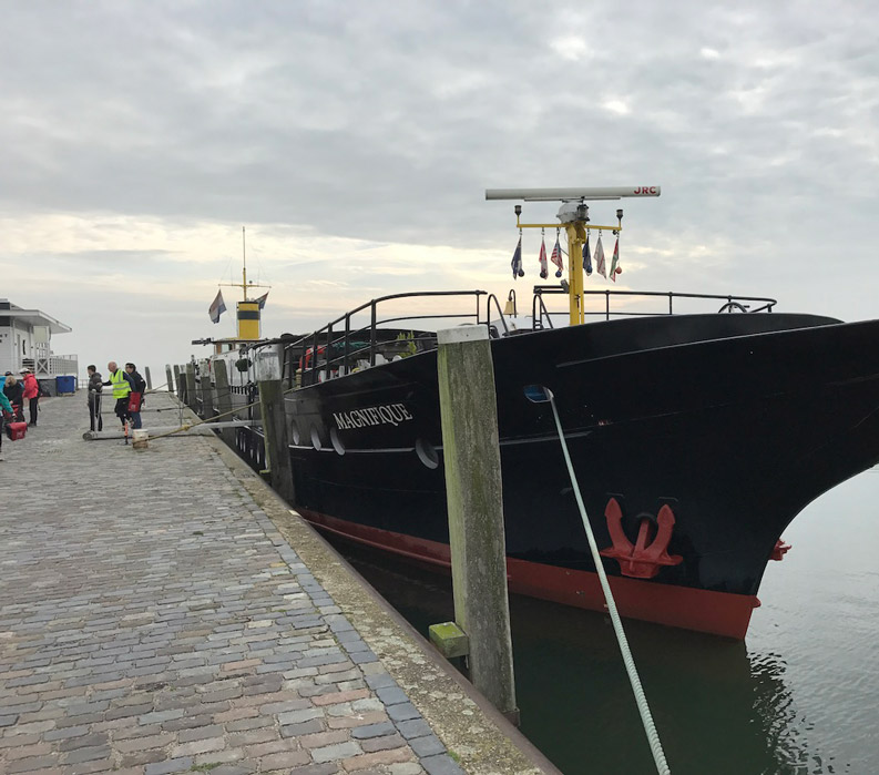Magnifique at dock