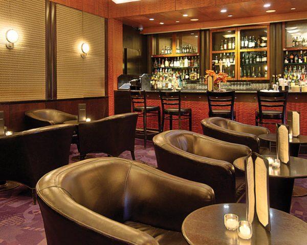 Millennium Broadway Hotel Charlotte Bar