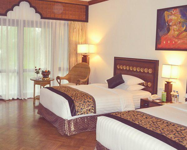 Myanmar Kandawgyi Palace Guest Room
