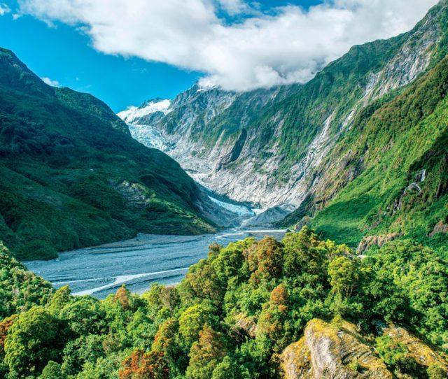 Featured Tour: <em>New Zealand: Bike & Walk The South Island</em>