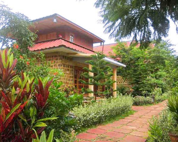 Pindaya Inle Inn Exterior