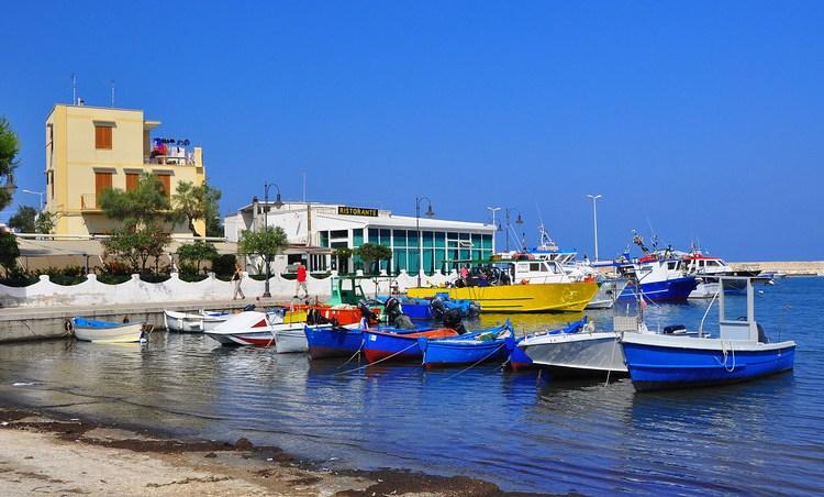 Puglia, Harbor