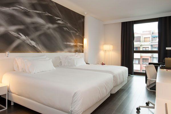 NH Collection Villa de Bilbao Room