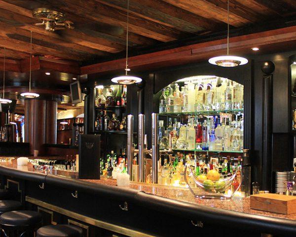 Hotel Schwarzer Adler Bar