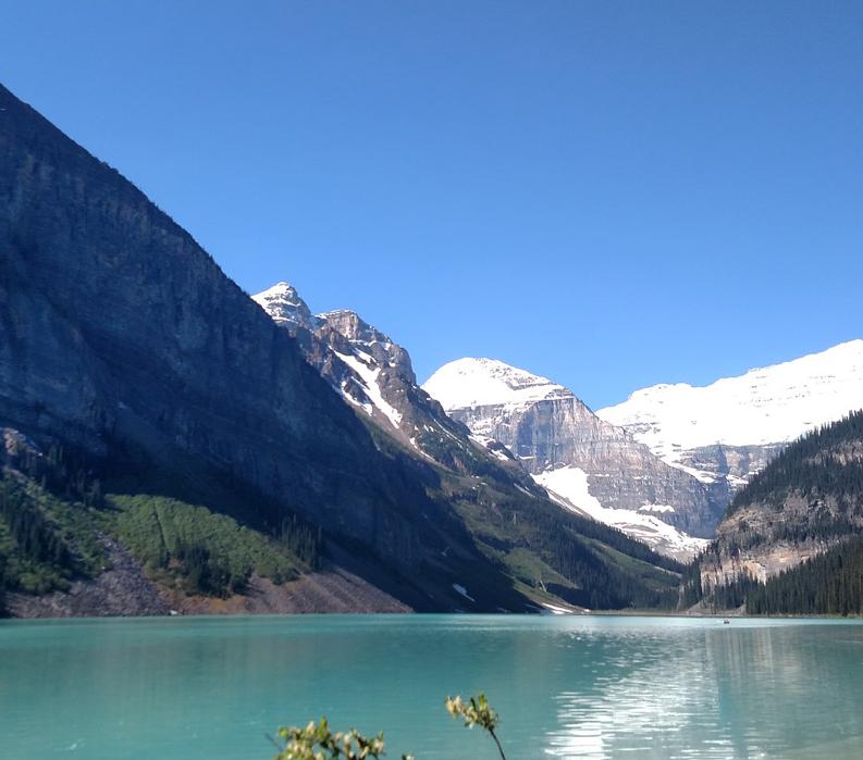 Walk the Canadian Rockies: Banff & Yoho National Parks - lake