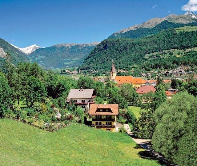 Italy the dolomite valley bike tour