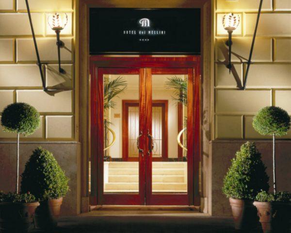 Hotel Dei Mellni Entrance