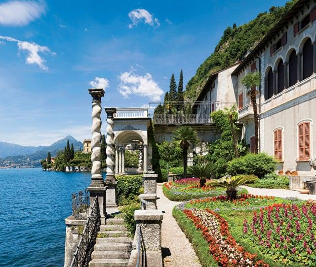 Italian lakes walking tour hotel