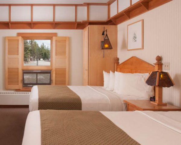 Old Faithful Snow Lodge, Guest Room