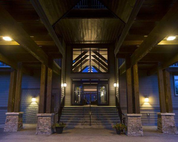 Palliser Lodge Exterior