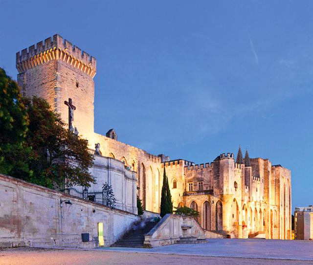 Provence: The Alpilles Group Tour