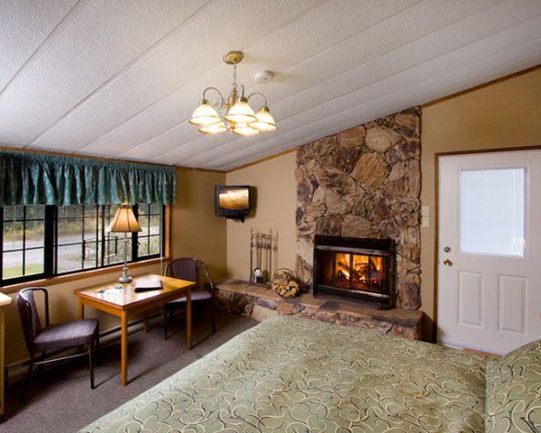 Sunwapta Guest Room