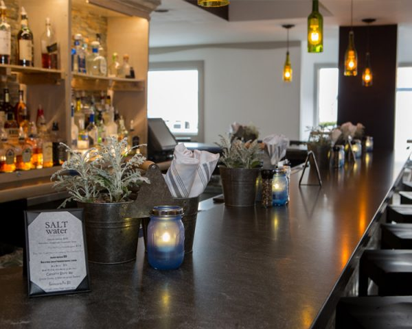 Newport Harbor Hotel bar