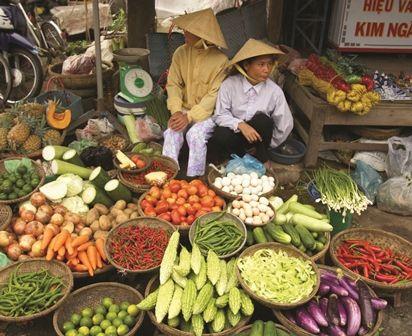 Hanoi market, Vietnam Bike Tour