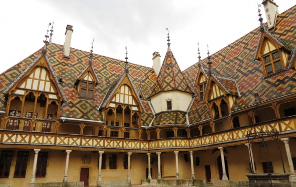 Burgundy: The Wine Route