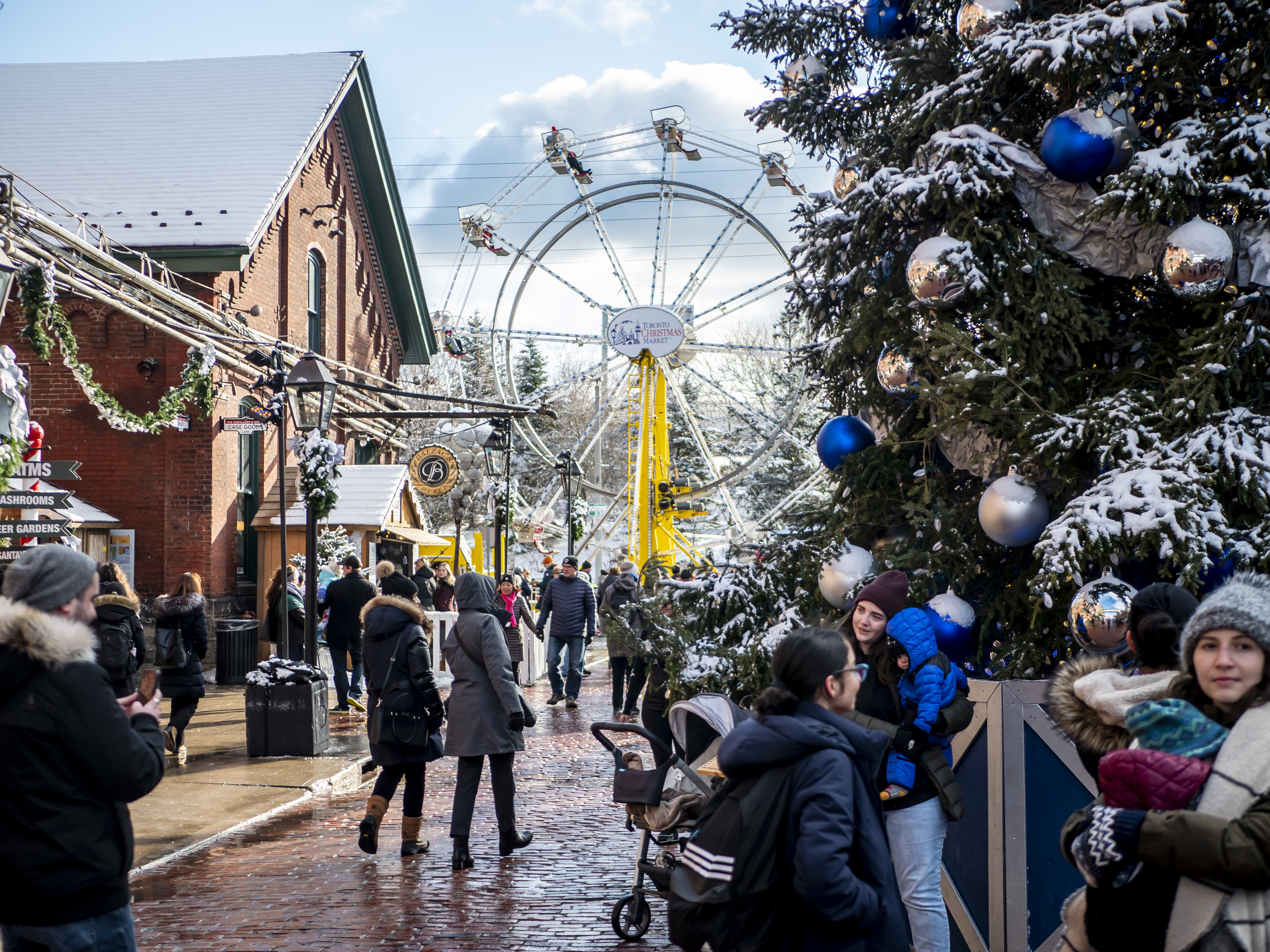 What to Buy at the World's Best Holiday Markets 1