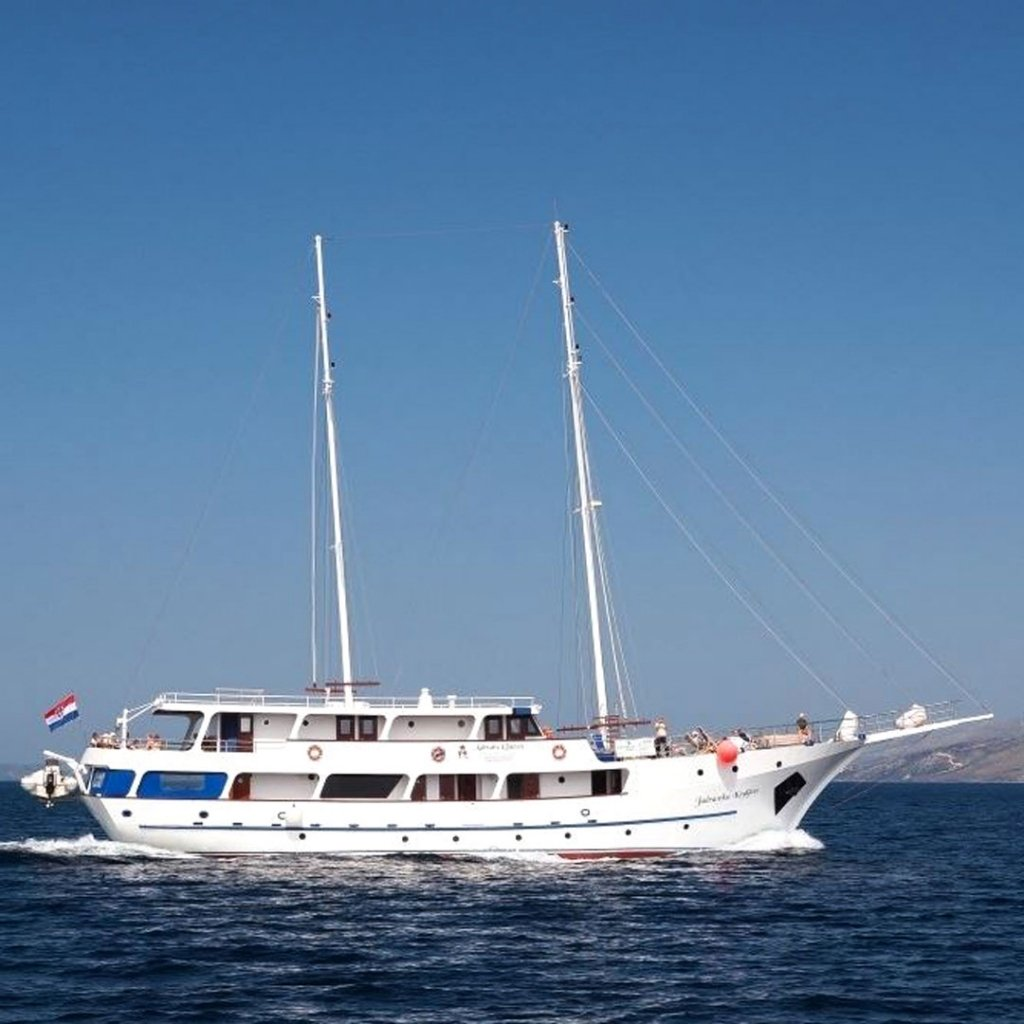 Captain Ivo Tomaš Steers VBT Guests to Adventure Along His Beloved Dalmatian Coast 5